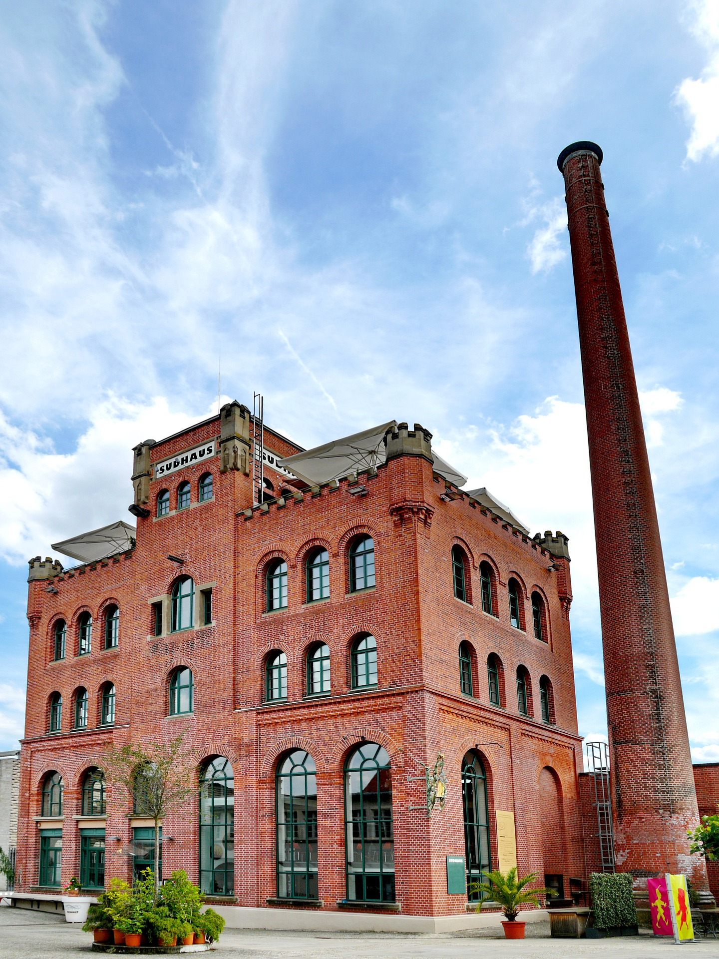 brewhouse-2119086_1920